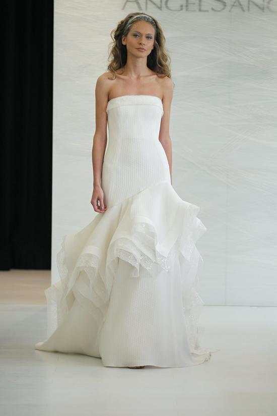 ชุดแต่งงาน ANGEL SANCHEZ 2013