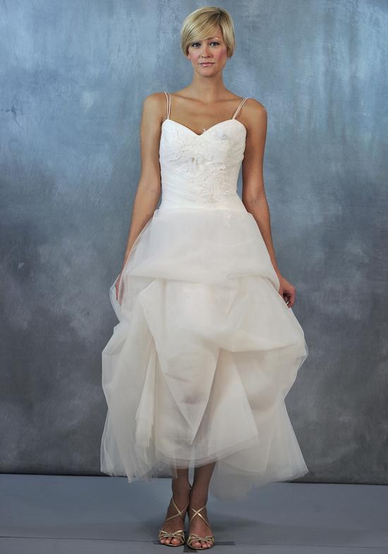 ชุดแต่งงาน  JENNY LEE 2013