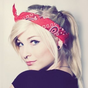 hairstyle with bandanas